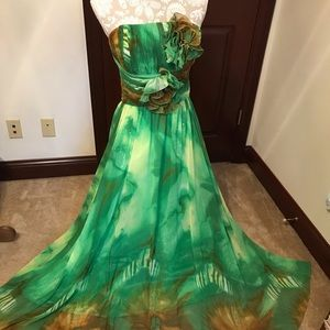 Strapless Formal Gown.